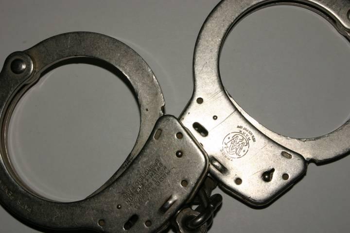 ВПриморье осудили экс-таможенников занасилие над задержанными
