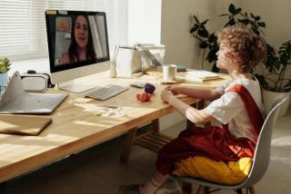 Фото: pexels.com | Началось. Школьников переводят на дистанционное обучение