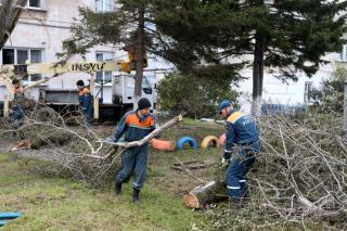 Фото: primorsky.ru   Обстановку в районах Приморья после тайфуна «Хайшен» проинспектировал глава региона