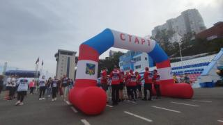 Фото: PRIMPRESS | Во Владивостоке стартовала акция «10 000 шагов к жизни», приуроченная ко Всемирному дню сердца