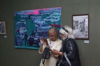 Фото: Екатерина Дымова / PRIMPRESS | «Нарисованный Владивосток» можно увидеть в залах Приморской государственной картинной галереи
