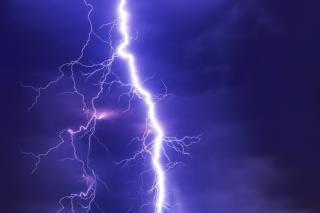 Фото: pixabay.com | «Молния ударила, все заискрилось»: приморцы показали последствия непогоды
