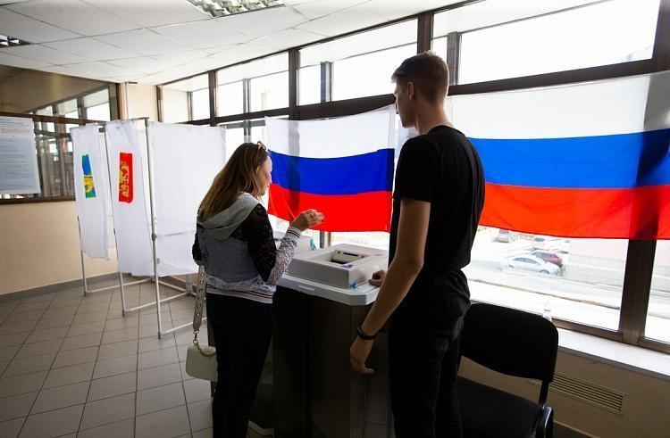Соцсети и мессенджеры заполонили сообщения о подкупе избирателей на выборах в Приморье