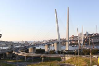 Фото: PRIMPRESS | Во Владивостоке на Золотом мосту временно ограничат движение
