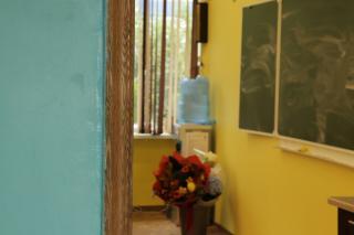 Фото: PRIMPRESS   В Приморье освоено почти 80 миллионов рублей, выделенных для ремонта школ