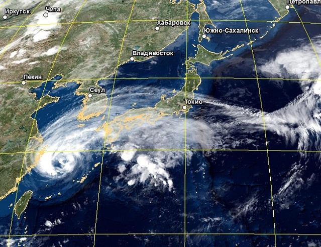 Неменее 500 рейсов отменены вЯпонии из-за тайфуна