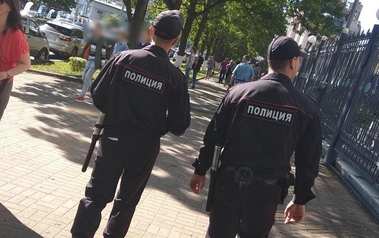 В одном из парков Владивостока нашли тело мужчины