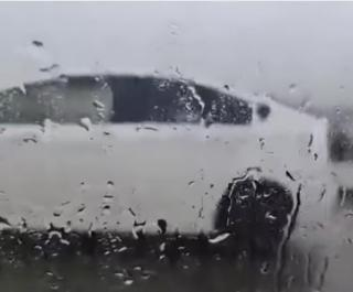 Фото: dps_vl   ДТП, пробки и огромные лужи: приморцы показали последствия разгула стихии