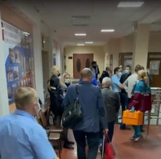 Фото: скриншот | Самовольный захват помещения ТИК: коммунисты в очередной раз устроили скандал в Приморье