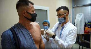 Фото: primorsky.ru | Приморцы рассказывают, почему делать прививку – это важно
