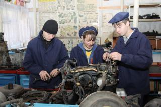 Мастера производственного обучения могут получить новые льготы в Приморье