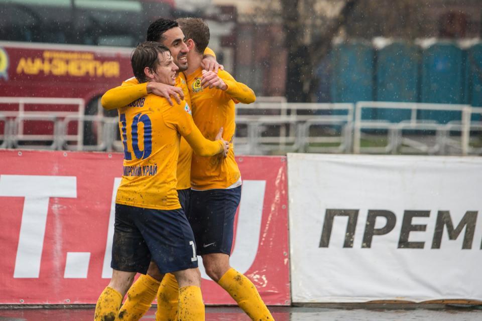 Приморский «Луч» прервал безвыигрышную серию в матче с «Сибирью»