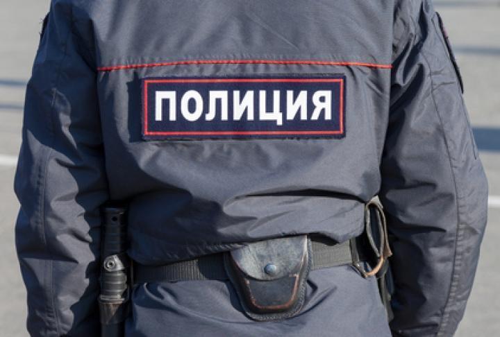 Дыру в потолке торгового центра оставили воры из Владивостока