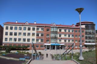 Фото: PRIMPRESS/ Софья Федотова | В школах Владивостока усилят меры безопасности из-за угроз в соцсетях