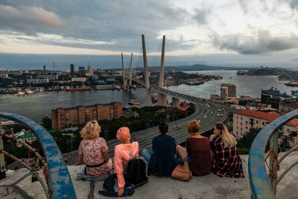 Топ-10 самых модных мест для селфи во Владивостоке