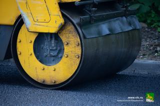 Фото: vlc.ru | В районе ул. Луговой продолжается комплексный ремонт дороги