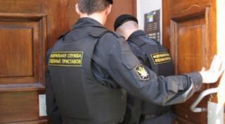 Фото: fssprus.ru | В Приморье коррупционера оштрафовали на 50 тысяч рублей, но это ему не понравилось