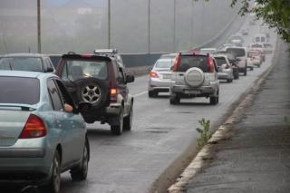 Фото: PRIMPRESS   «Реально страшно»: видео ситуации на Рудневском мосту обсуждают в Сети