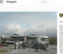 Фото: скриншот Instagram/dps_control | В поселке Угловое микрогрузовик протаранил автовоз