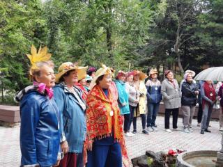 Фото: Ксения Снежинская   Во Владивостоке прошел праздник, посвященный Дню пожилого человека