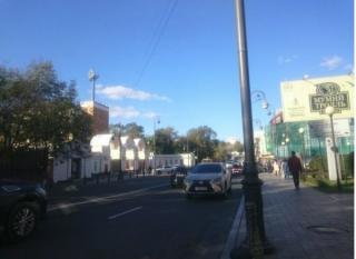 Выезд на встречную полосу прославил жительницу Приморья в СМИ и Интернете