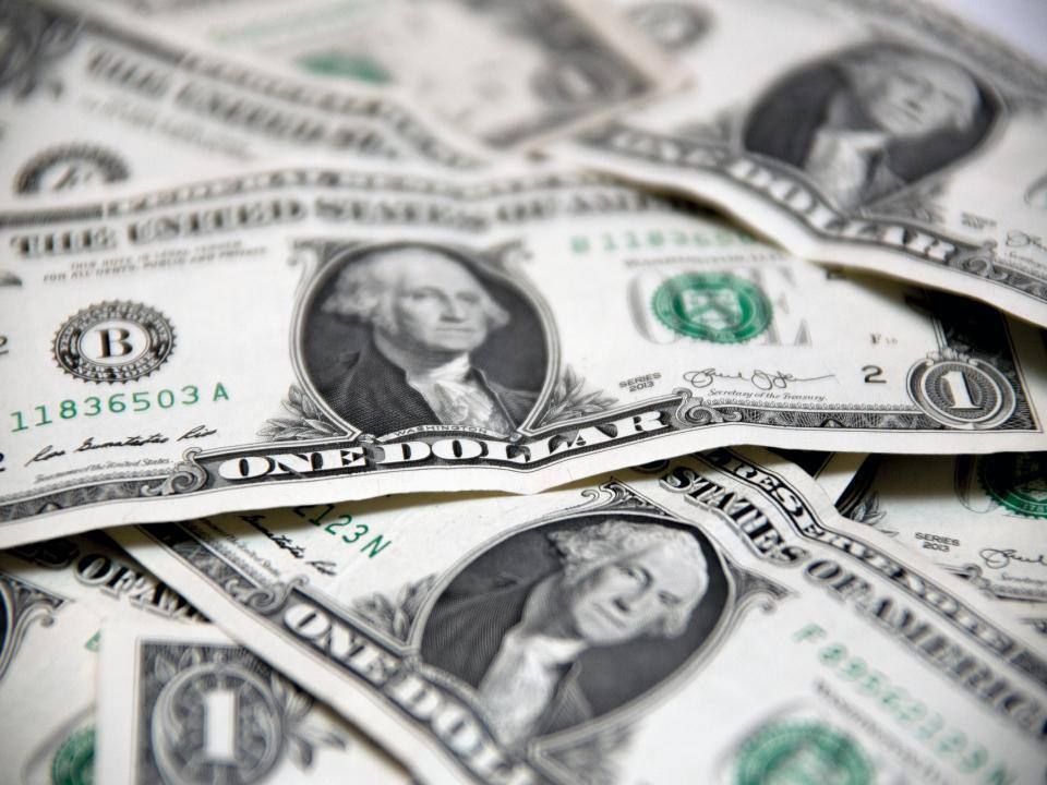 Курс доллара будет расти начиная с ноября