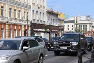 Фото: PRIMPRESS   Владивосток сковали восьмибалльные пробки