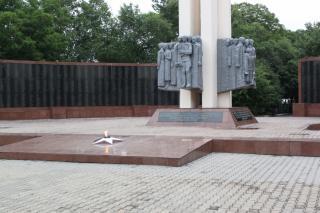 Фото: Екатерина Дымова / PRIMPRESS | Акты вандализма продолжаются: в Приморье осквернен мемориал