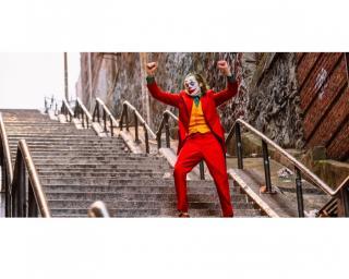Фото: кадр из фильма   Владивосток сходит с ума от «Джокера»