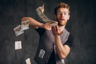 Фото: freepik.com   Бешеные деньги: приморцам обещают выплатить 250 тысяч рублей