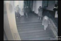 Фото: Скриншот | Драка «Бойцовского клуба» во Владивостоке попала на камеру видеонаблюдения
