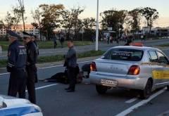 Водитель такси, который сбил девушку во Владивостоке, пытается уйти от ответственности