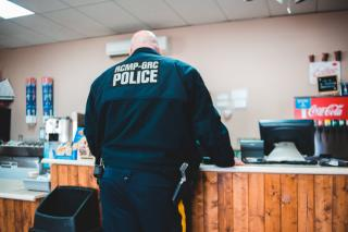 Фото: Pexels | Озвучена зарплата охранника во Владивостоке