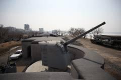Фото: Игорь Новиков | Активисты пожаловались на строительство дороги рядом с Владивостокской крепостью