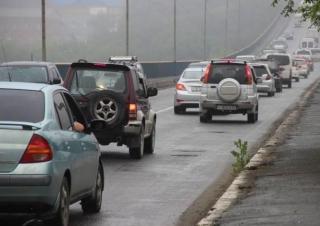 Фото: PRIMPRESS | До 20 октября во Владивостоке установят рамки-ограничители на Рудневском мосту