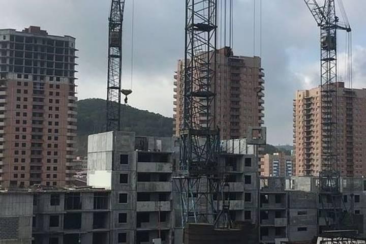«Жилье для российской семьи»: строительство микрорайона Снеговая Падь, комплекс Д, практически прекратилось