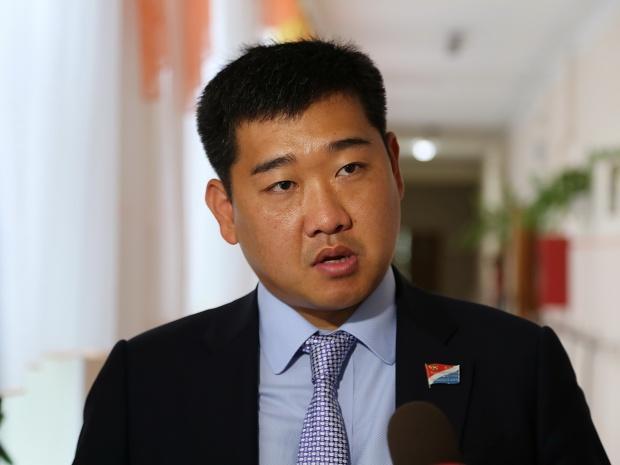Депутат Законодательного Собрания Приморья написал заявление о сложении полномочий