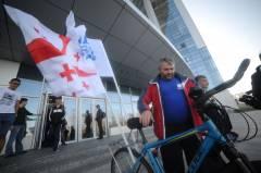 Фото: redbull.com | Во Владивостоке стартовал третий этап международного велопробега «Путь мира»