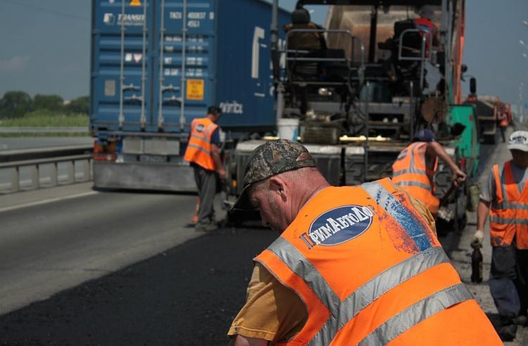 Ремонт дорог в девяти населенных пунктах Приморья подходит к концу