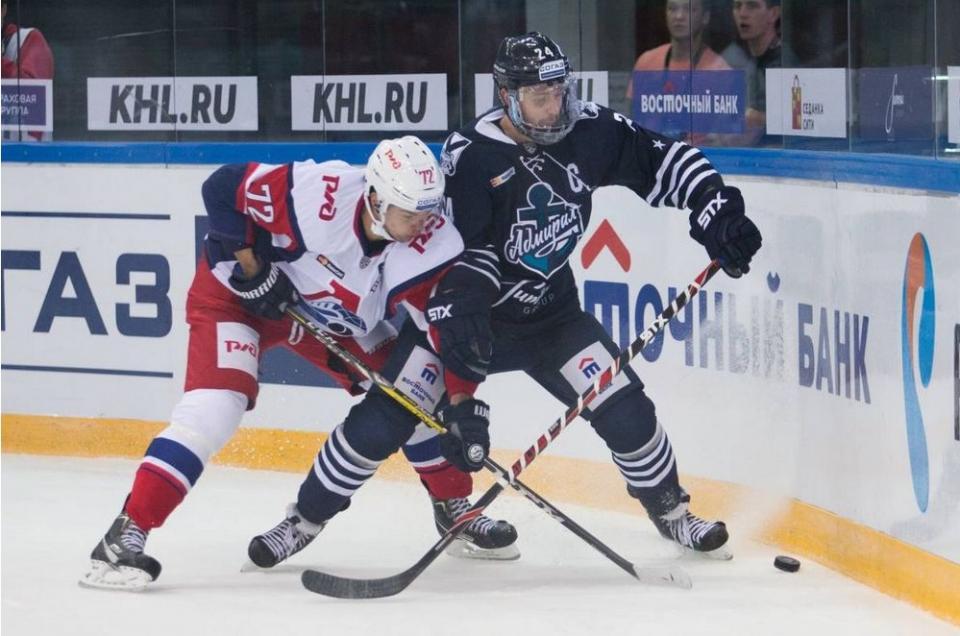 Приморский «Адмирал» сыграет в Ярославле с «Локомотивом»