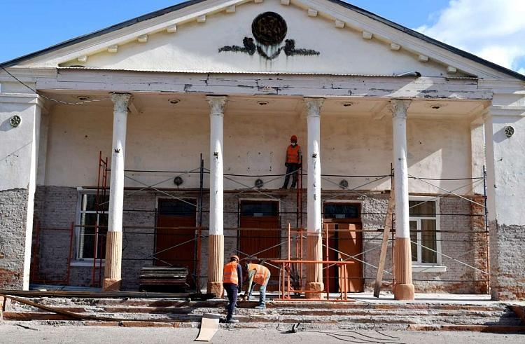 В Приморье начался капитальный ремонт сельского Дома культуры