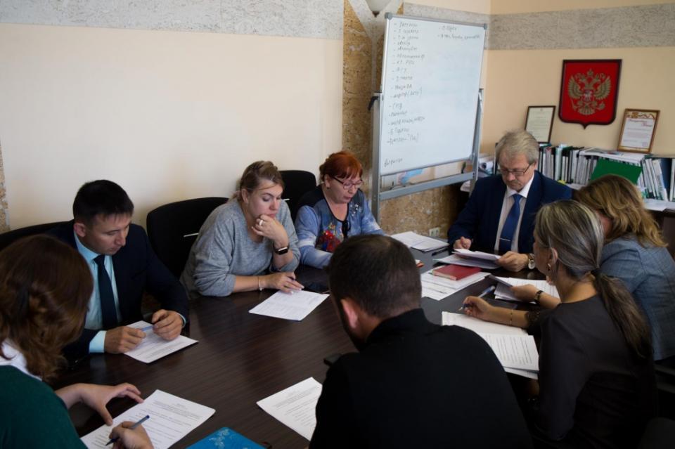 В Приморье распределили еще 18 квартир для детей-сирот