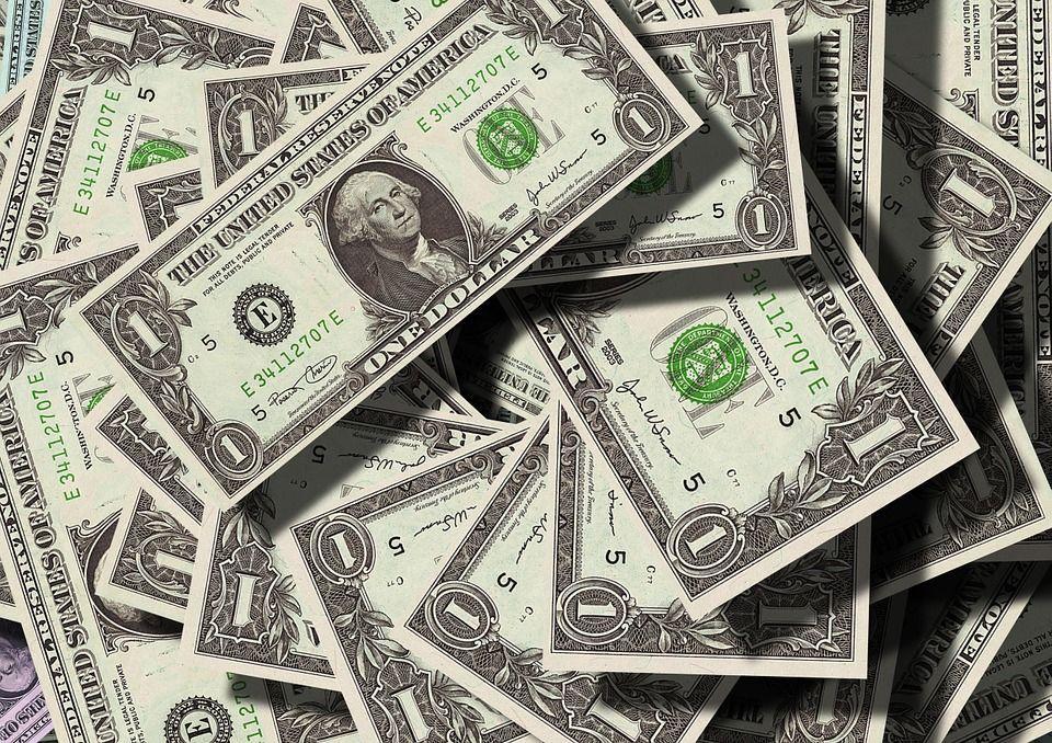 В России увеличилось число долларовых миллионеров