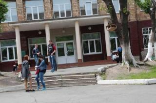 Странный поступок учителя физкультуры обсуждают в соцсетях Владивостока