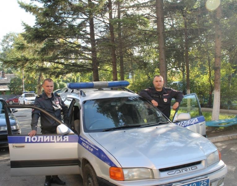Сотрудники приморской полиции застали грабителя в погребе среди угля