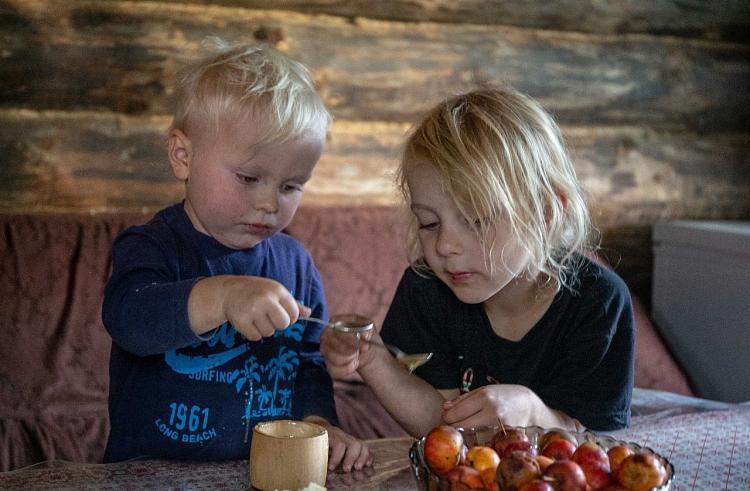 В Приморье одобрили инициативу Кожемяко о дополнительной поддержке многодетных семей