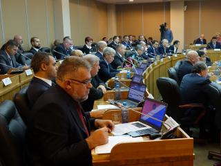 Законодательное собрание Приморья собралось на октябрьскую сессию