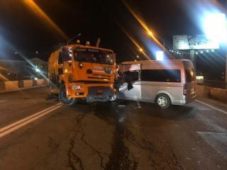 Фото: 25.мвд.рф | Во Владивостоке злостный нарушитель ПДД устроил ДТП с КамАЗом