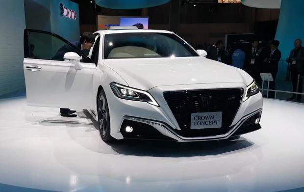 Toyota показала Crown – новую мечту жителей Приморья