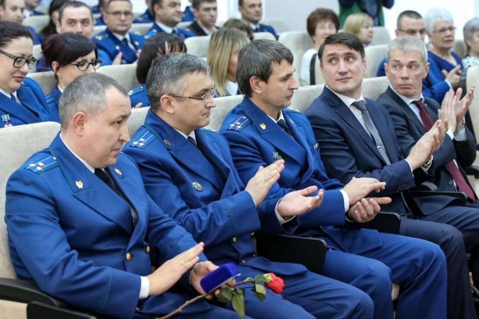 10 фактов о прокуратуре Приморского края